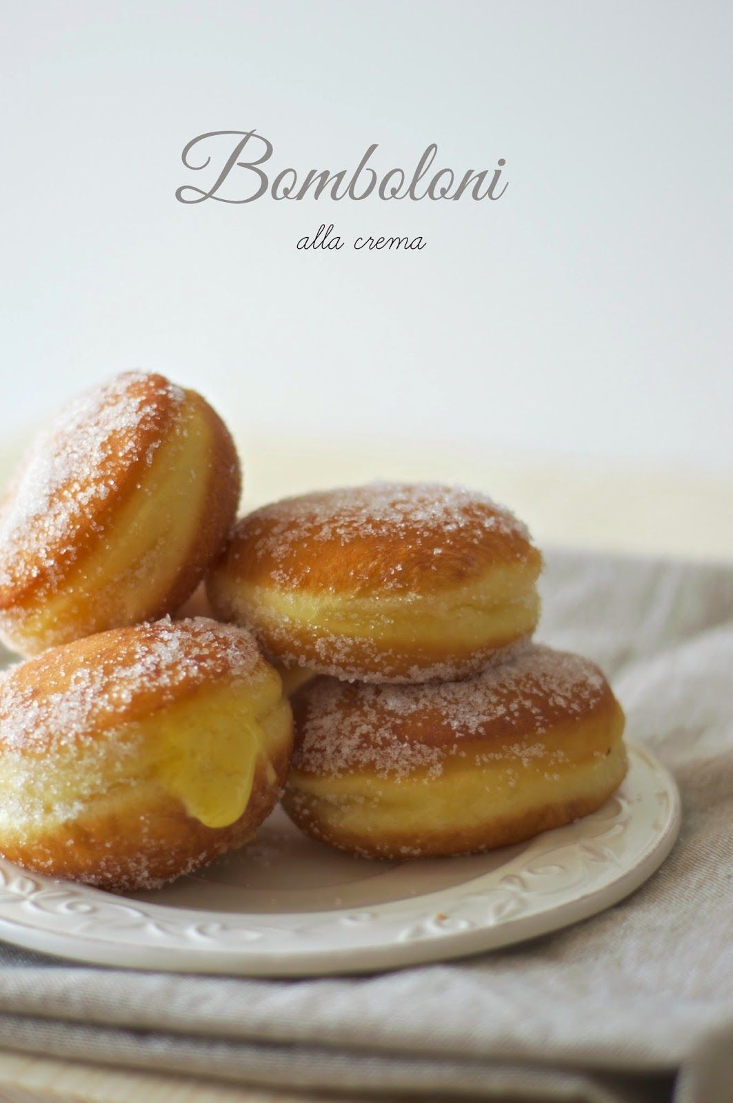 the belly of the wolf: Bomboloni cream
