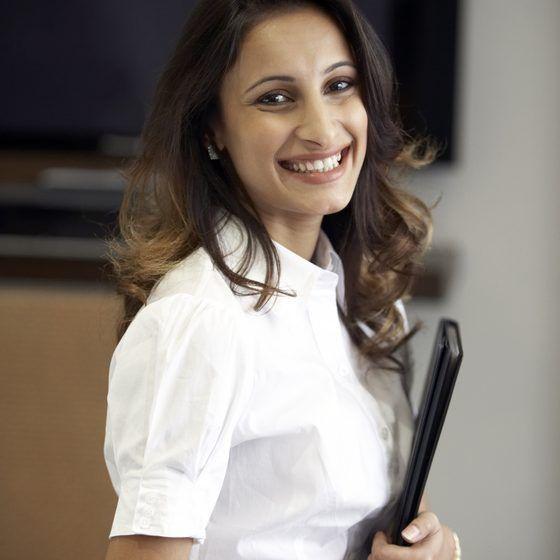 Attire for Women Traveling in India for Business #businessattire Business attire for women in India #womensbusinessattire