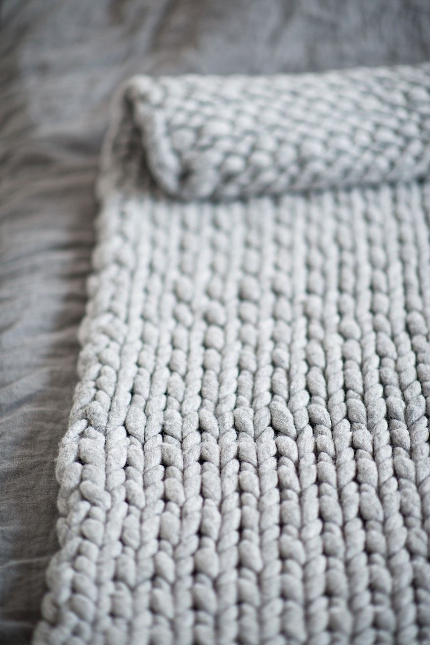 Knitting Wool Blanket : Diy knit a chunky blanket from wool roving perfect for