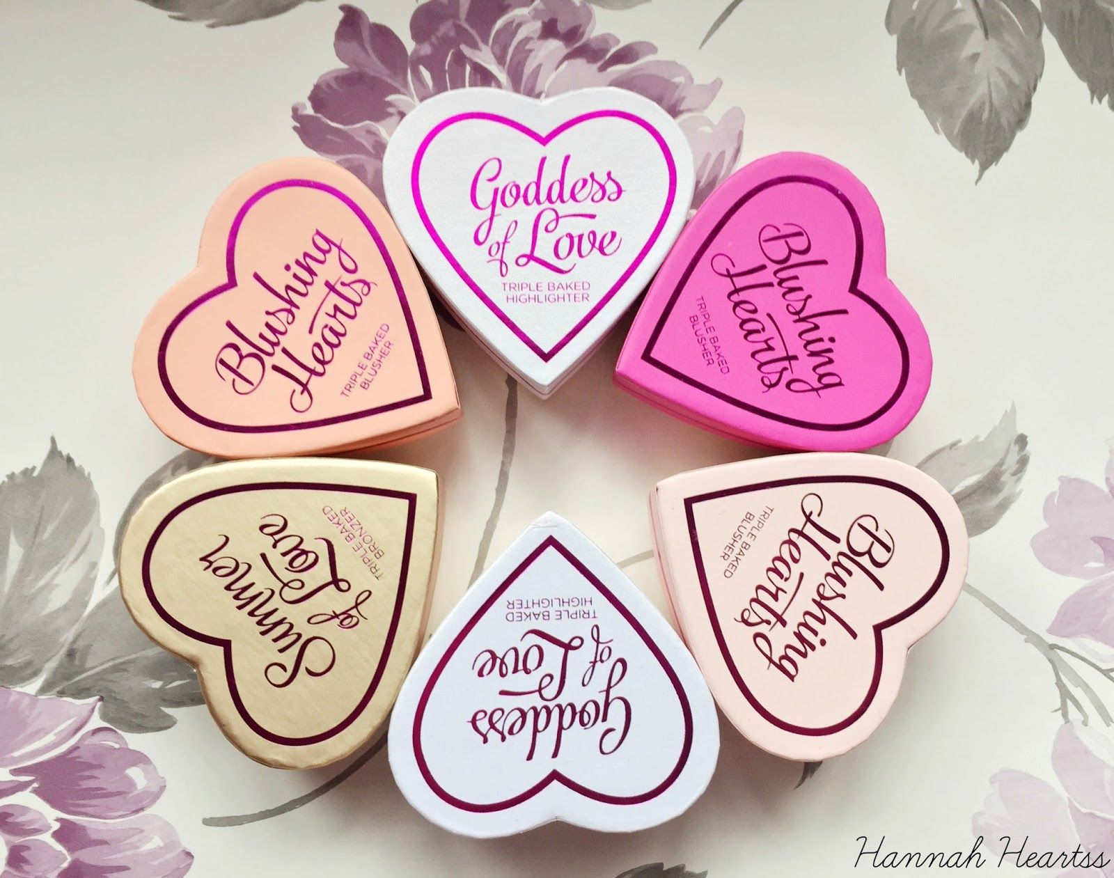 NEW Makeup Revolution Blushing Hearts Makeup revolution