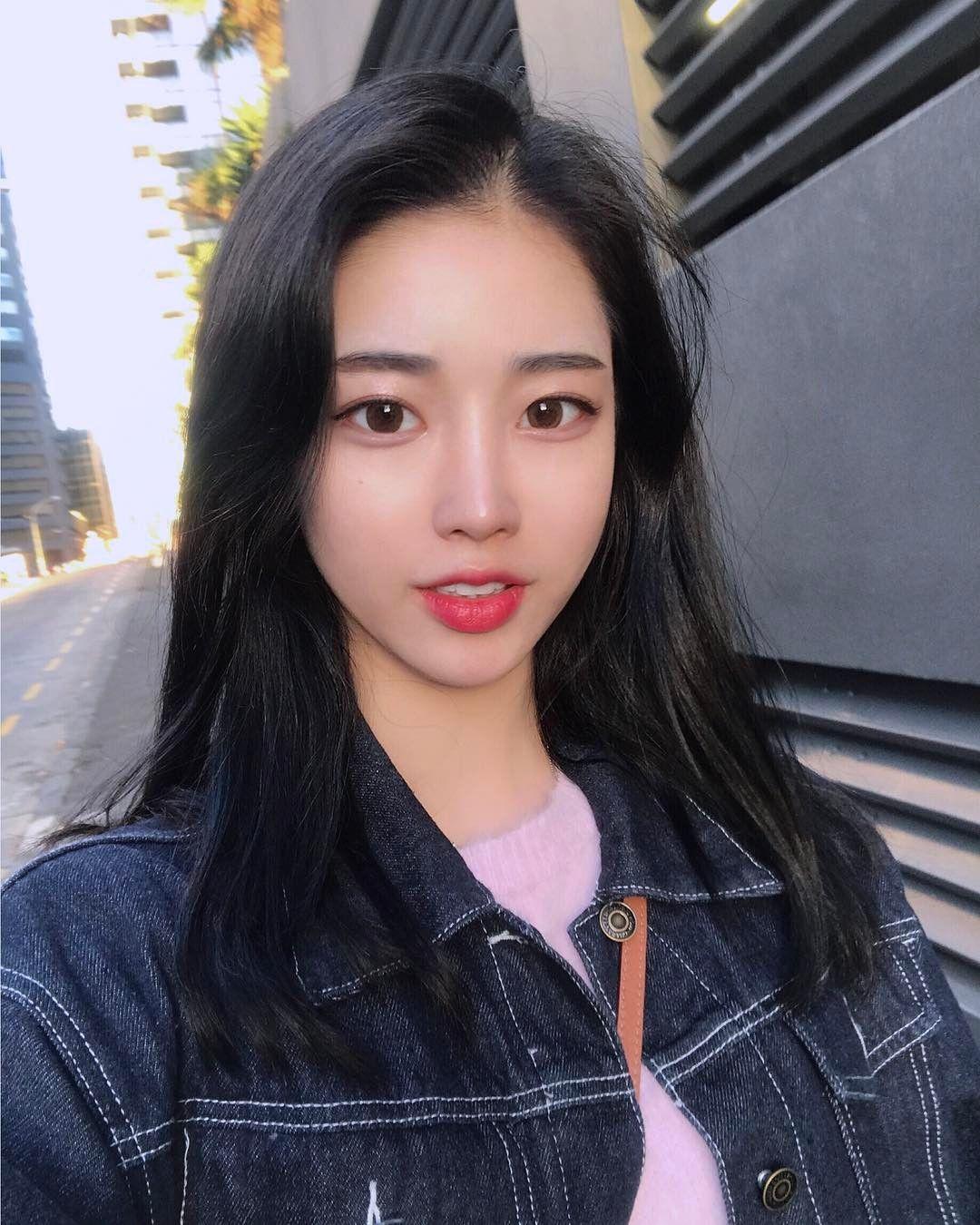 Ulzzang Girl Large Eyes Long Hair: Pin By Barbie Stargirl On UlZzaNg GiRlz In 2019 T