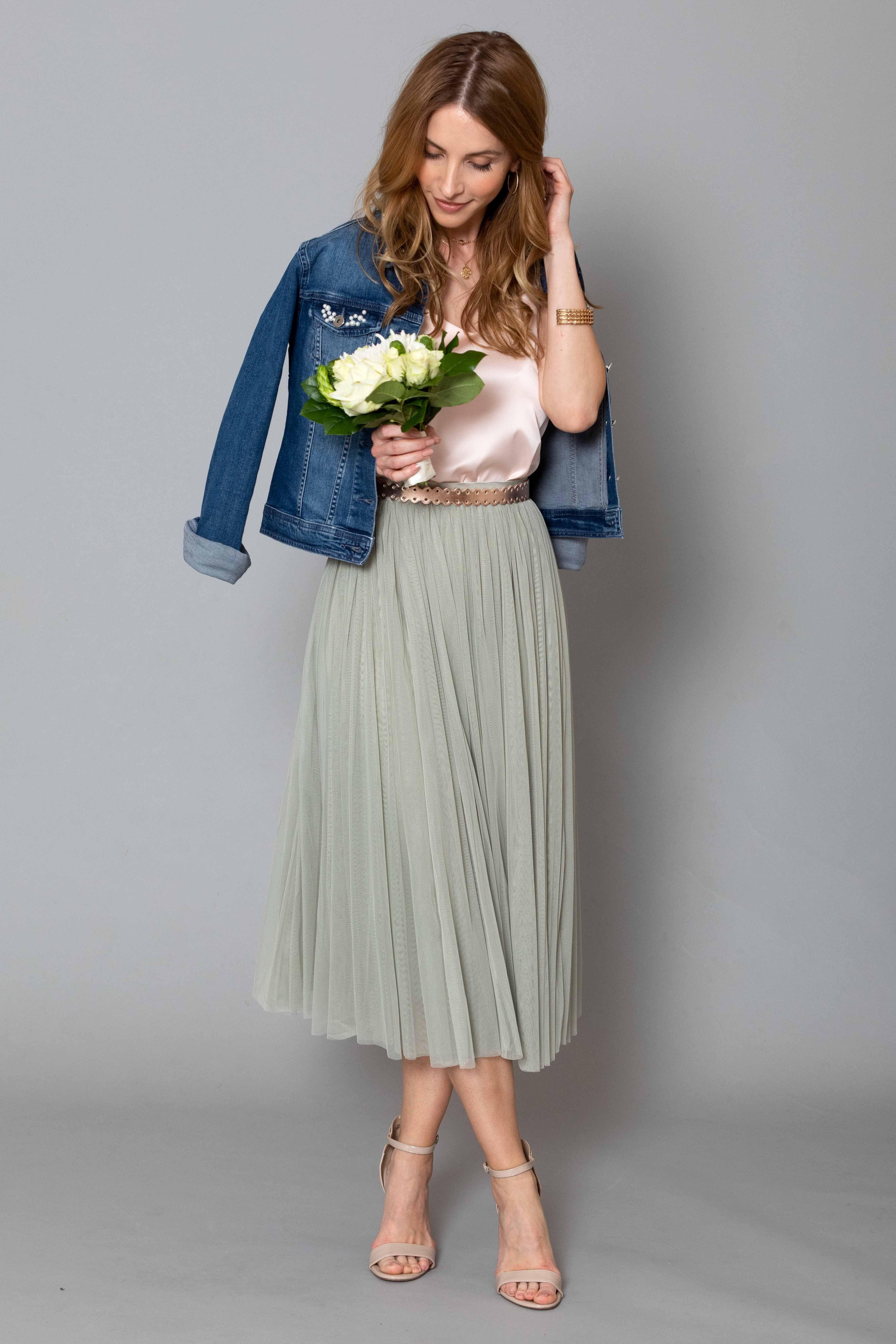 Photo of Tüllrock – wie kombiniere ich einen Tüllrock? Braut Outfit oder Hochzeitsgast.