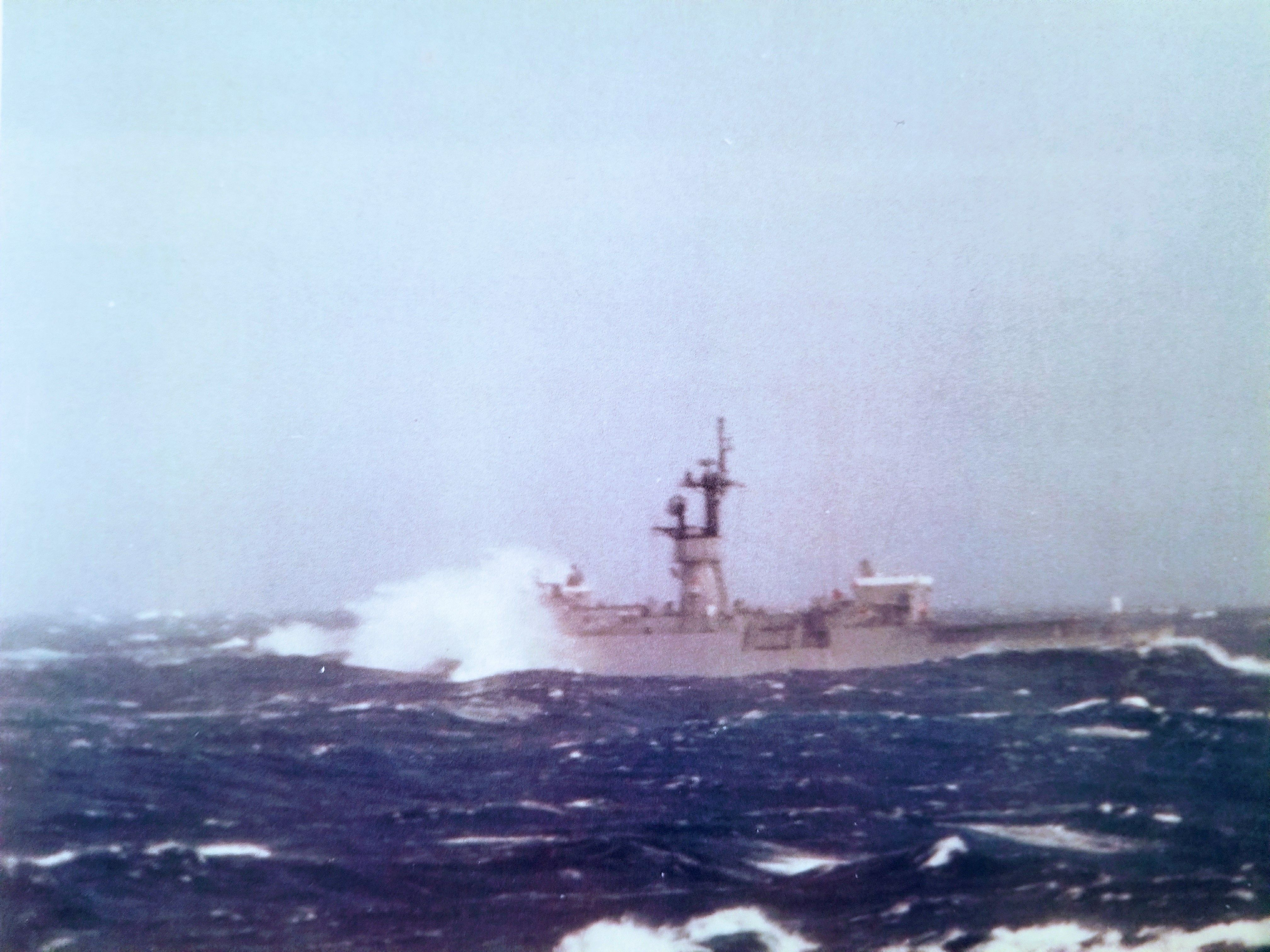 Uss Kirk Ff 1087 South China Sea 1986 Or 1987 United States Navy Ships Navy Day Cold War Military