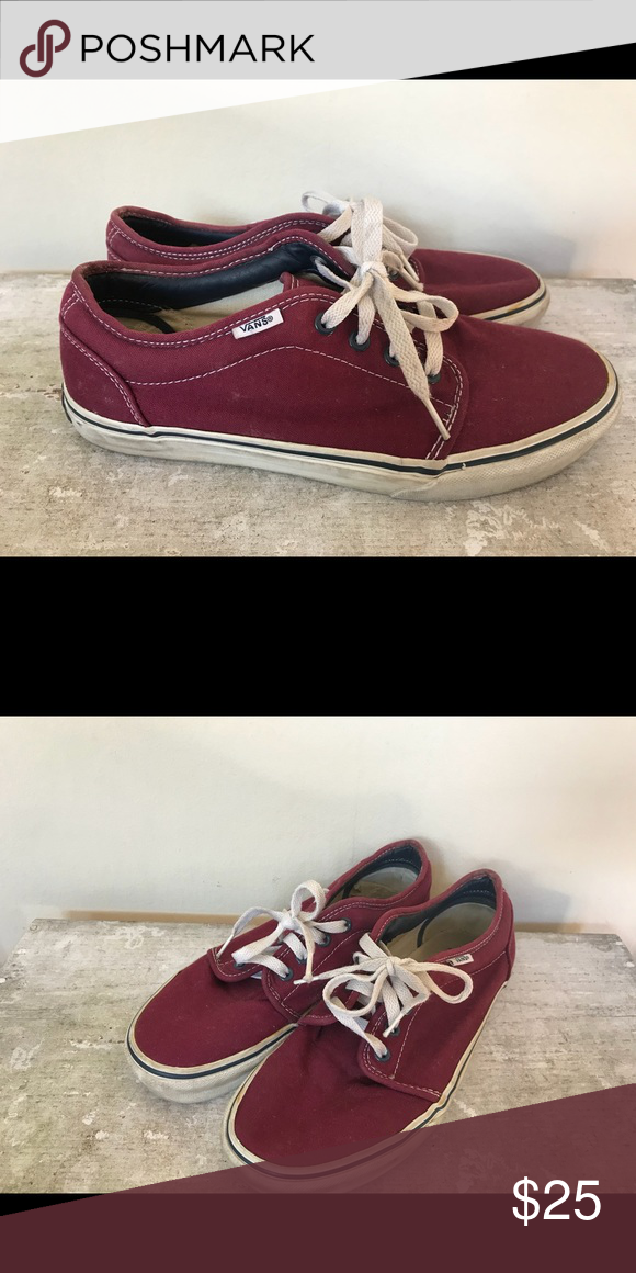 554c48f390 Vans Old Skool low skate shoe (burgundy) Vans lo-top skate shoe in burgundy  or maroon color with white laces. Unisex  men s size 7.5 or women s 9.