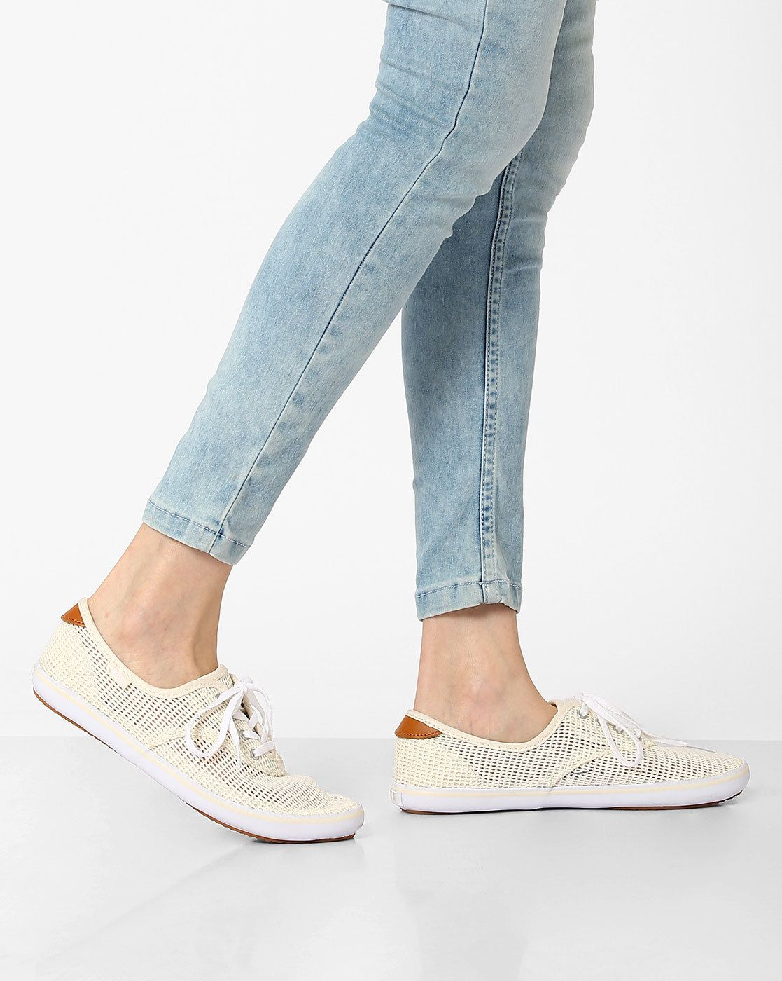 dedd80862d Buy Vans Authentic Lo Pro Panelled Casual Shoes online in India at best  price. These casual shoes crafted with a mesh-like upper