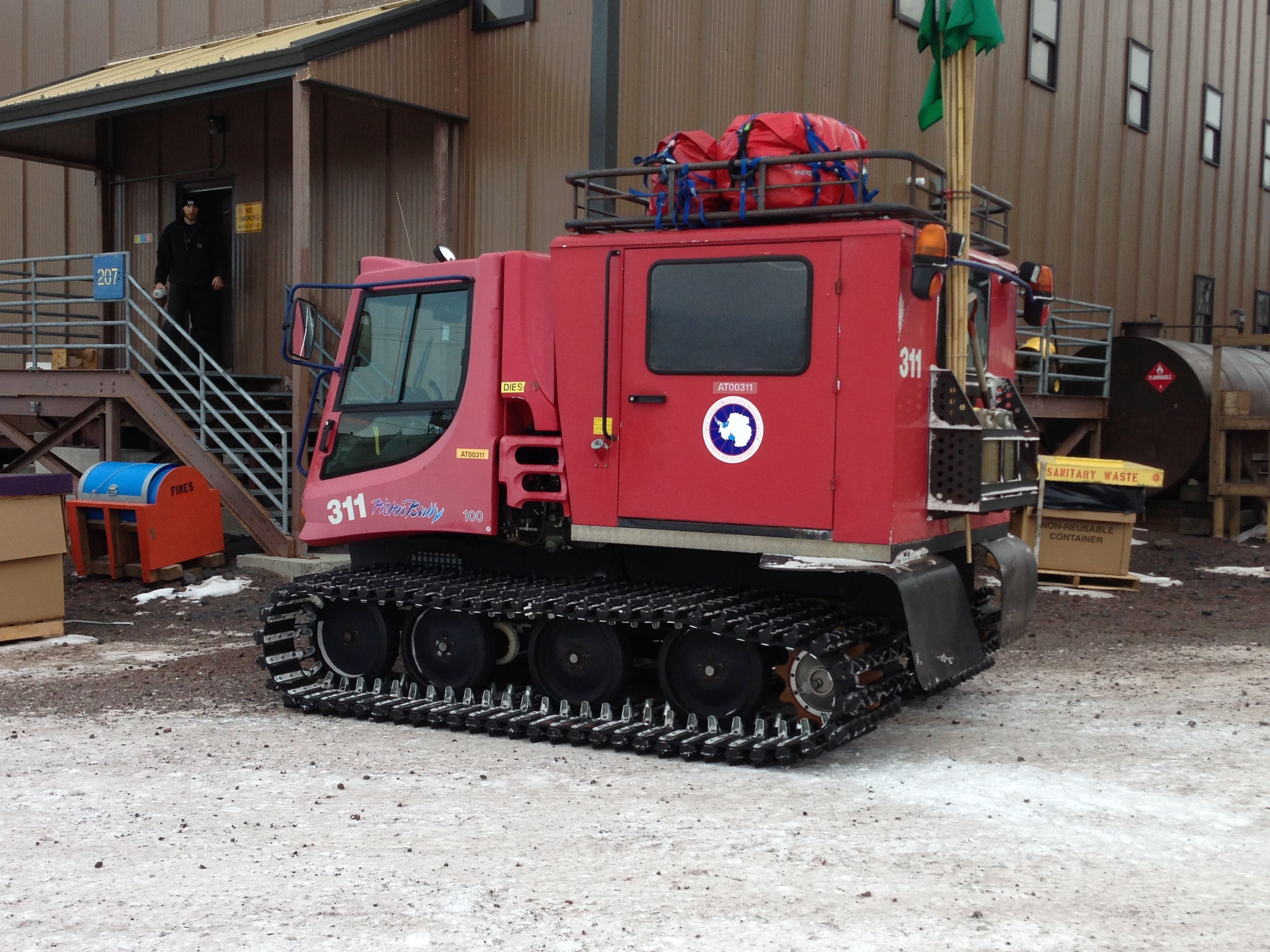 Pisten bully 100 for sale - Gregontheice This Is A Pisten Bully We Use These To Carry People Supplies