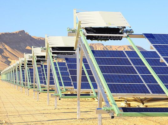 Israel Debuts The World S First Self Cleaning Solar Farm Solar Panels Solar Solar Energy For Home