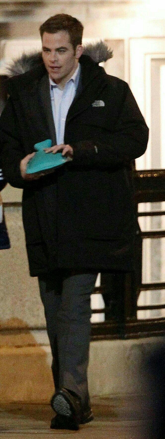 """Chris Pine filming """" Jack Ryan"""""""