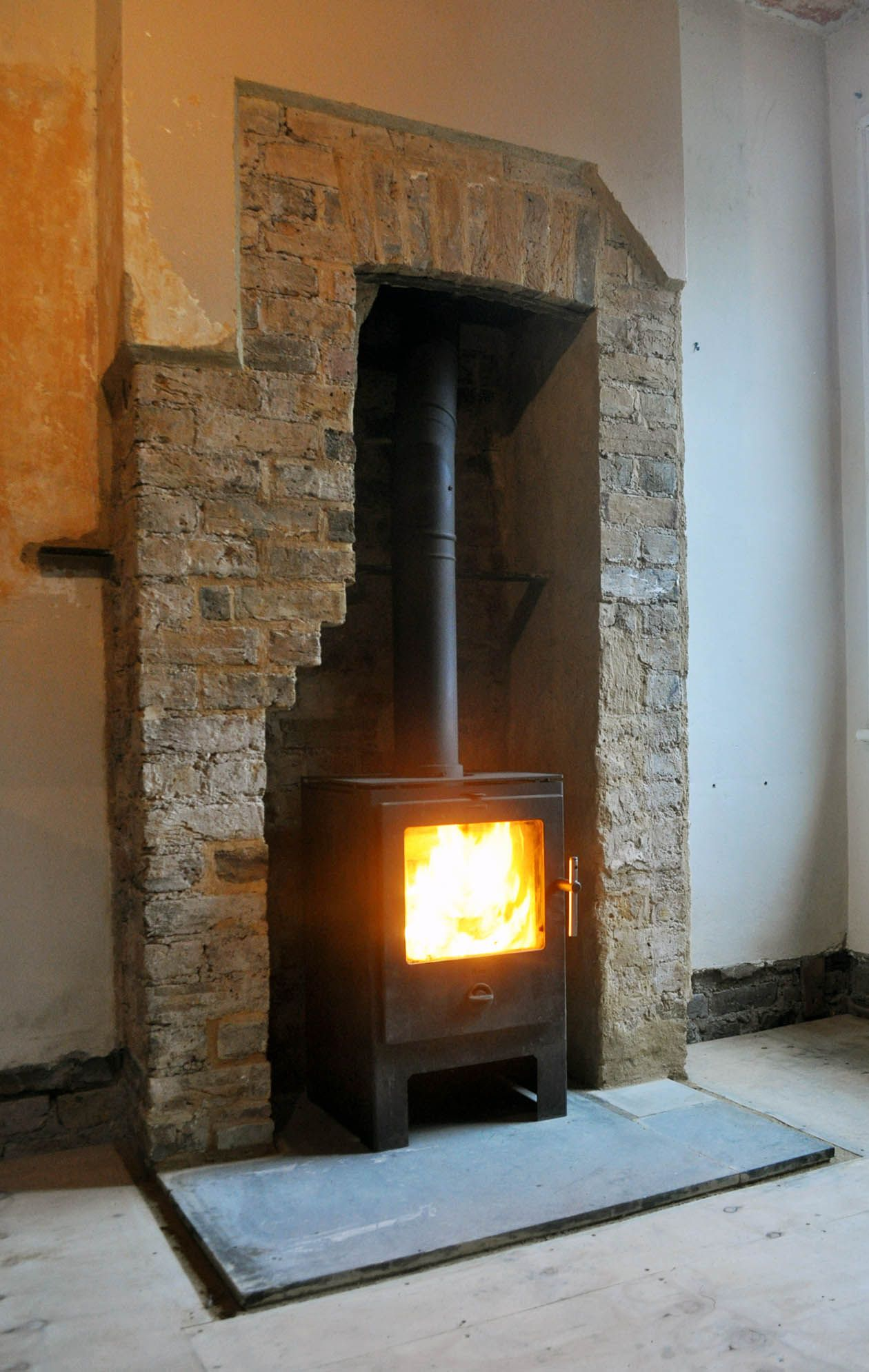 Heta Scanline, Painted Concrete Hearth