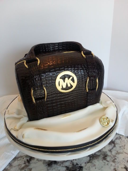 Michael Kors Purse Cake Price
