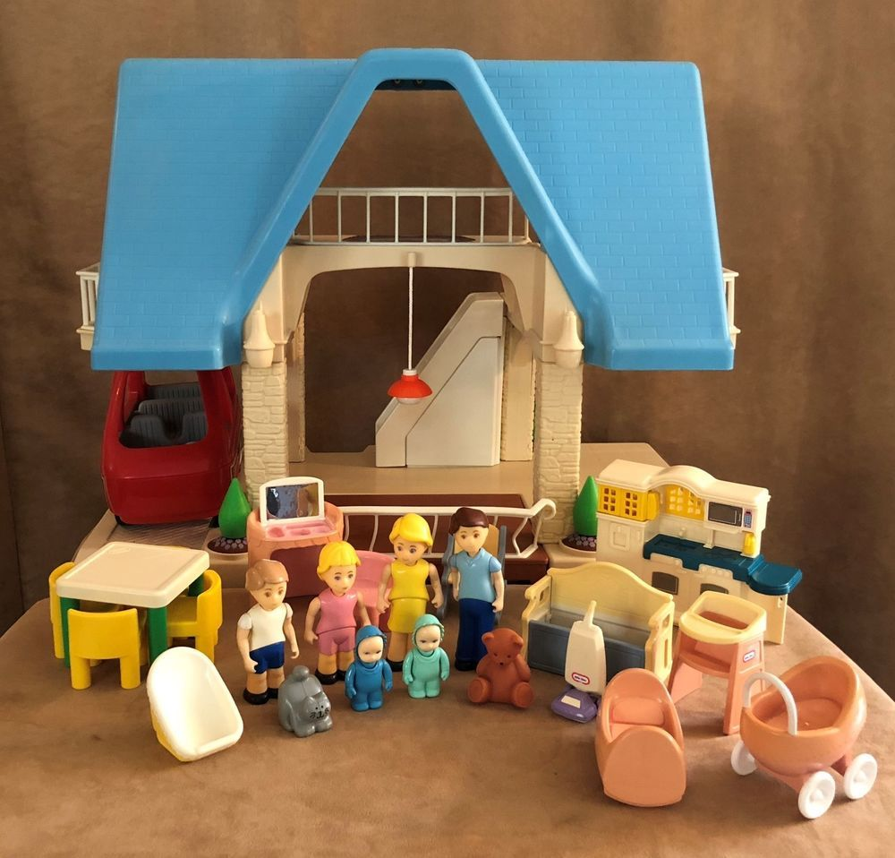 Little Tikes Lot furniture family Blue Roof dollhouse