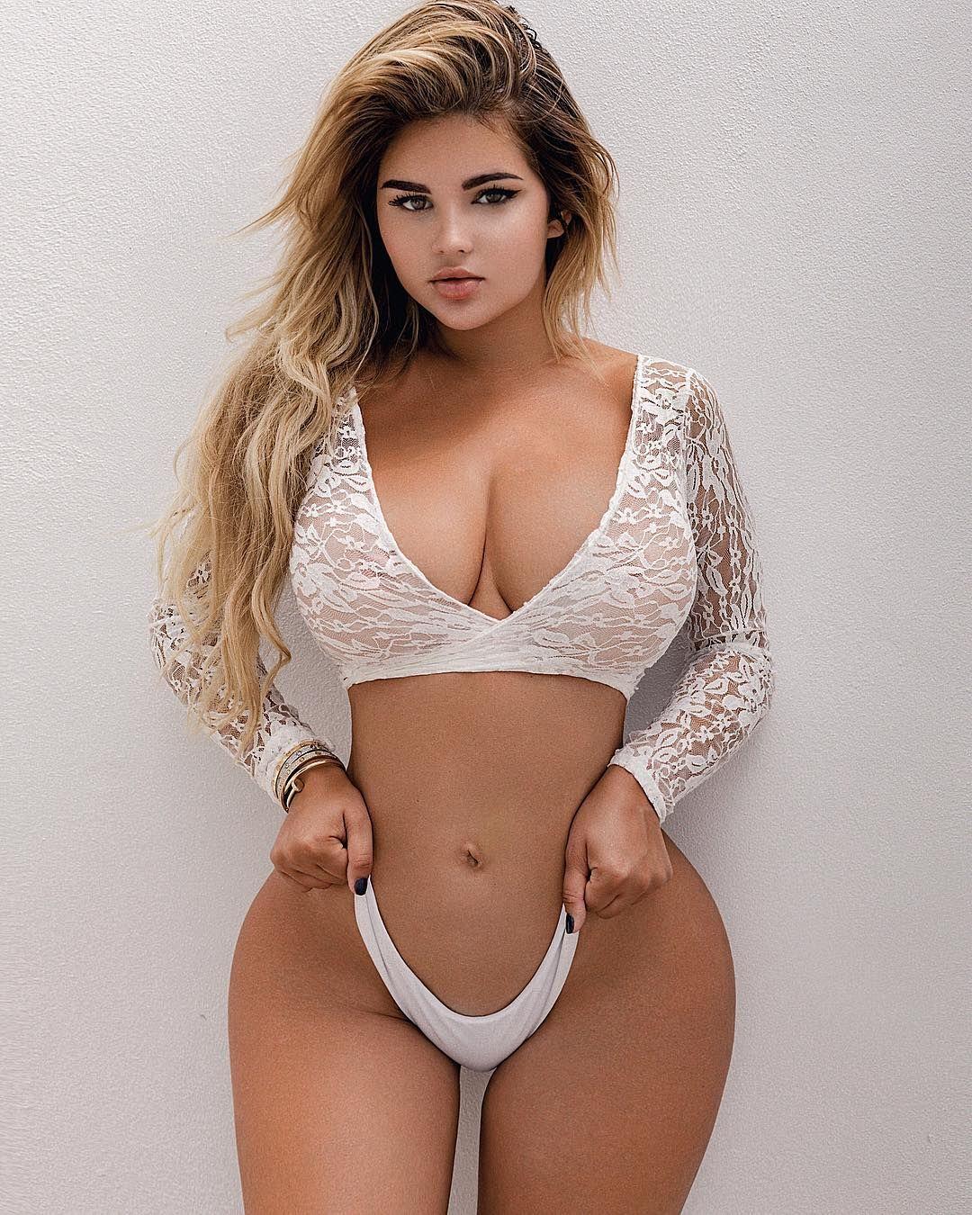 Sexy blonde video