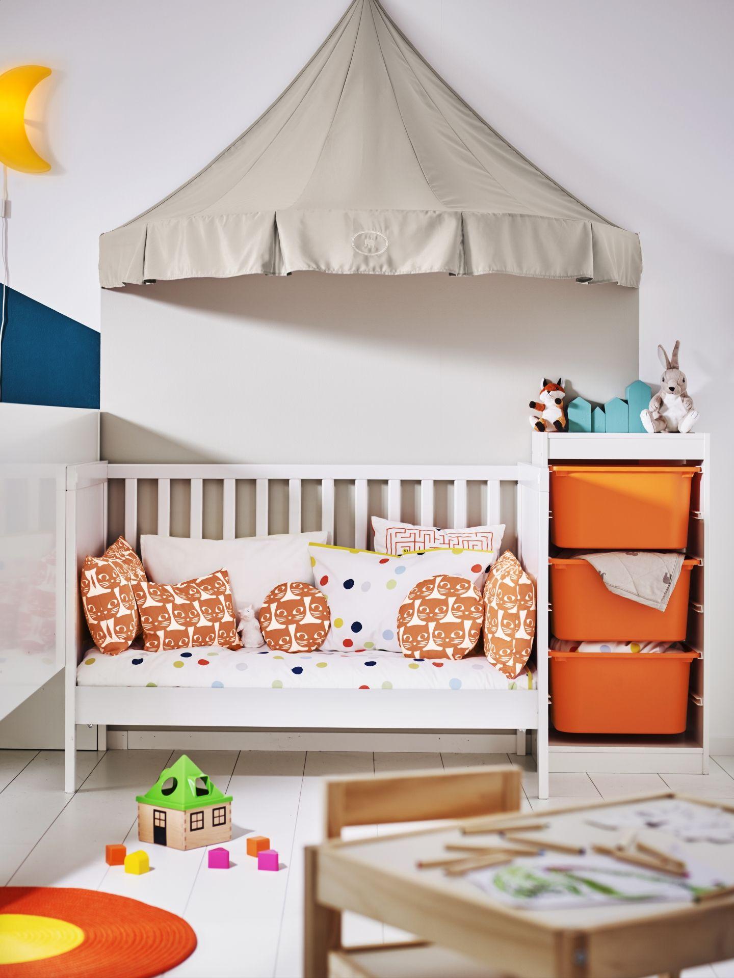 CHARMTROLL bedhemel | #IKEAcatalogus #nieuw #2017 #IKEA #IKEAnl #bed ...