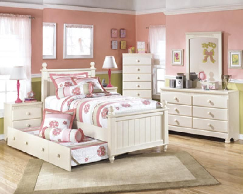B213B76 In By Ashley Furniture In Brookhaven, MS   Cottage Retreat   Cream  Cottage 6