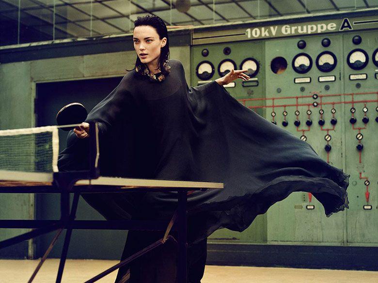 Foto Naty Chabanenko para Harpers Bazaar Alemania Diciembre / Enero 14/15