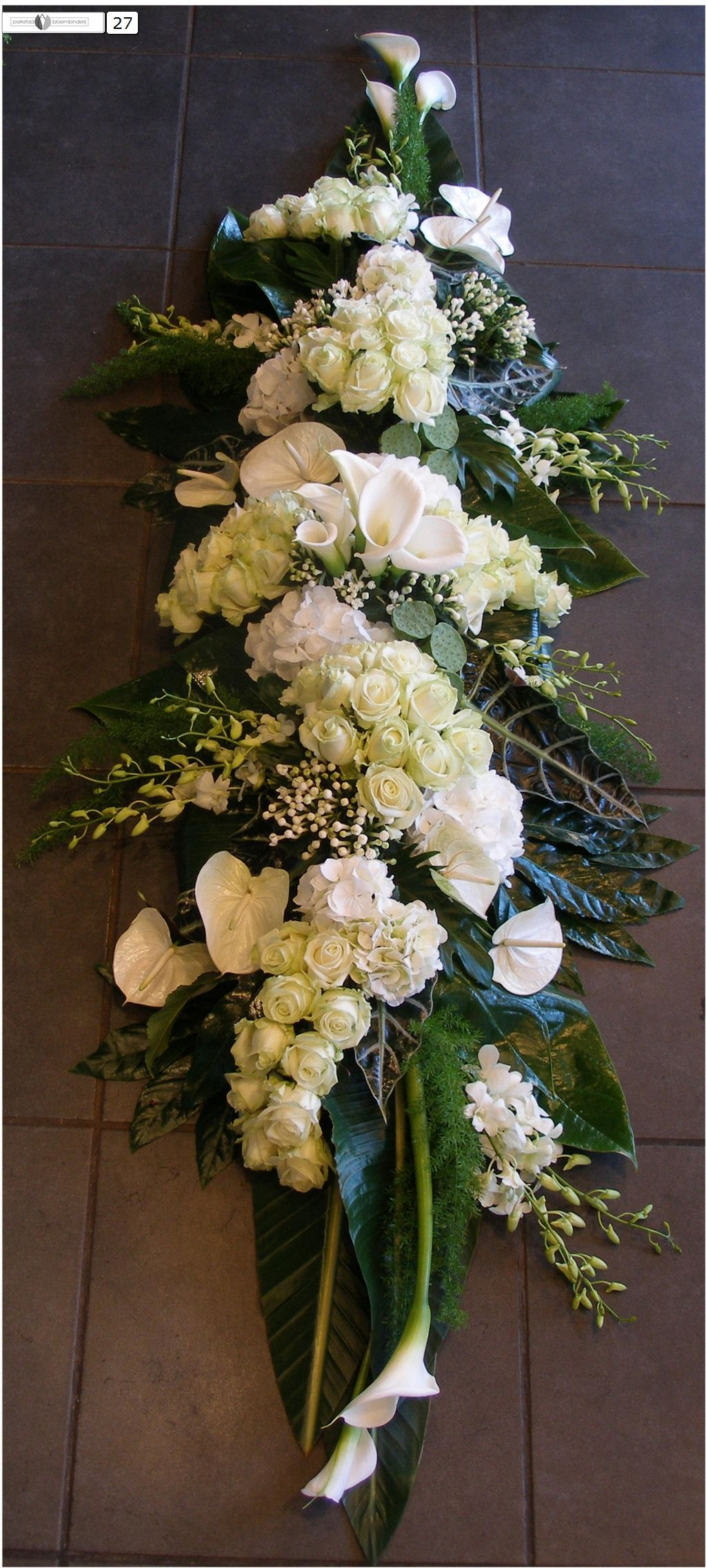 Welp Pin van Esther op FUNERAL FLOWERS - White | Bloemstukken TH-21