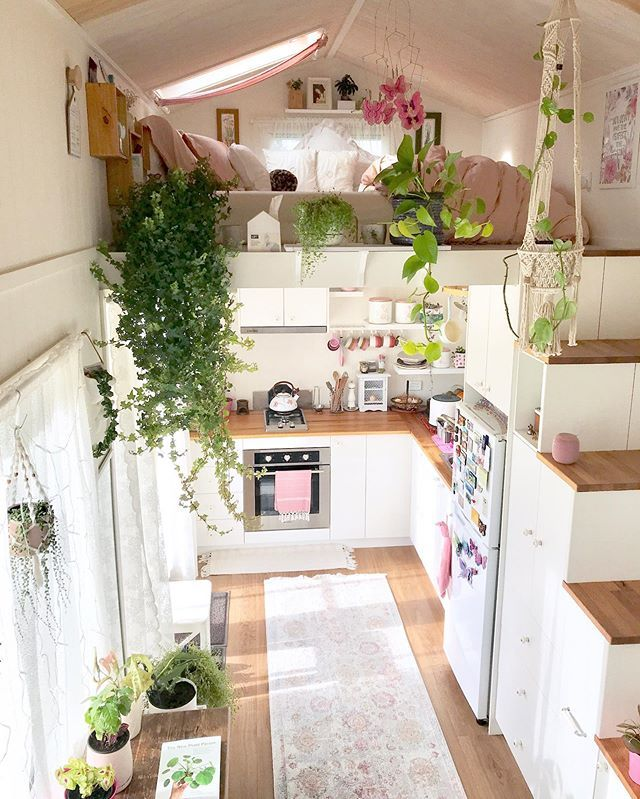 Photo of This is probably the cutest tiny house you will ever see. And it even has a walk-in-closet.