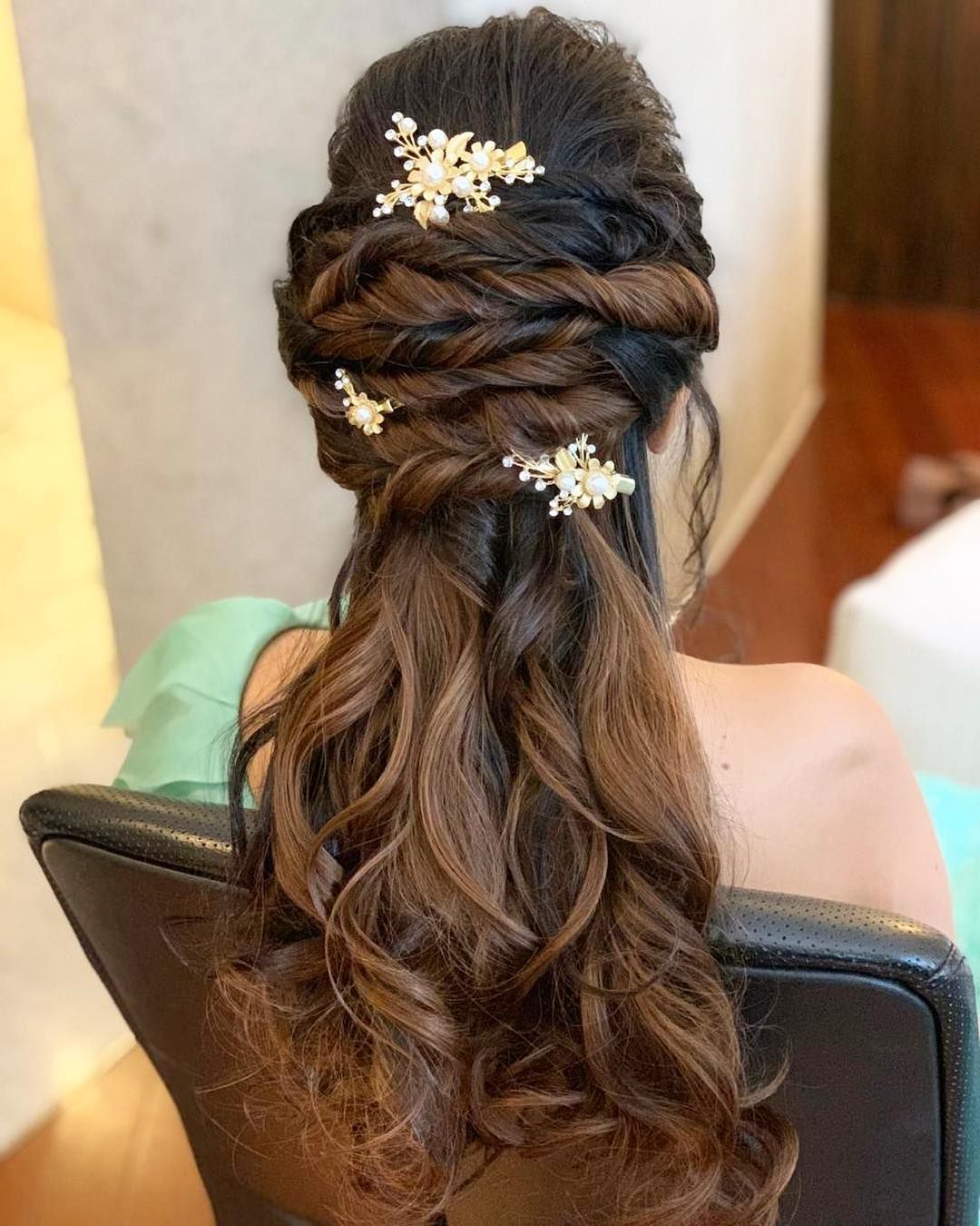 Safely Coining This Hair Do As A Classic Disney Princess Style Hair Hairdo Princess Style Hair