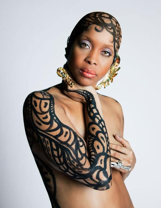 Erykah naked with fake tattoos on her arm and head for Erykah badu real tattoos