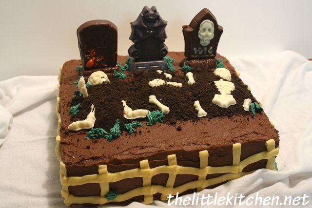 tombstone cake Halloween treats Pinterest Halloween cakes - decorating halloween cakes
