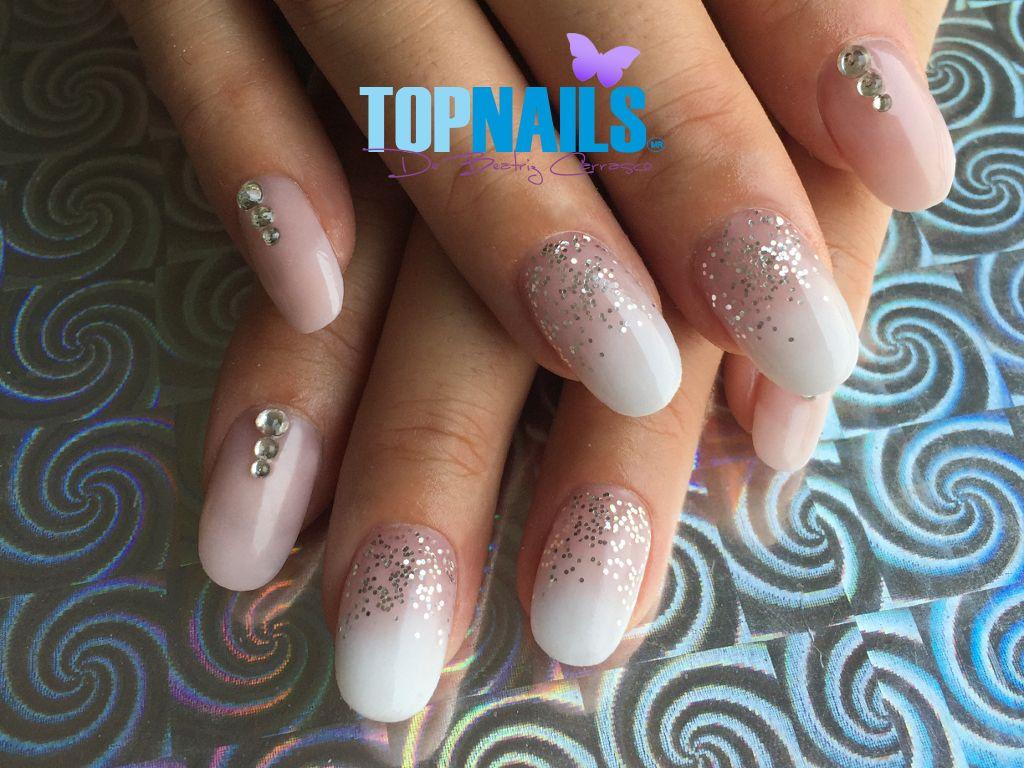 Uñas Acrílicas en degrade con Glitter y Cristales (Acrylic Nails in ...