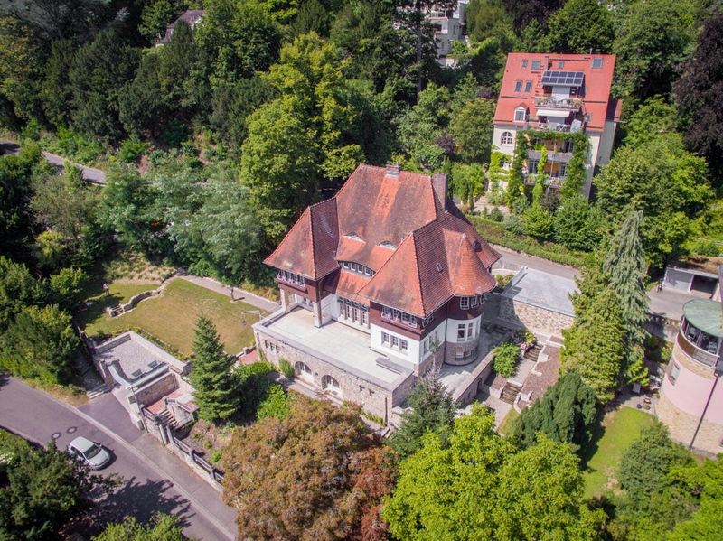 Herrschaftliches Anwesen Am Lorettoberg Anwesen Immobilien Villa