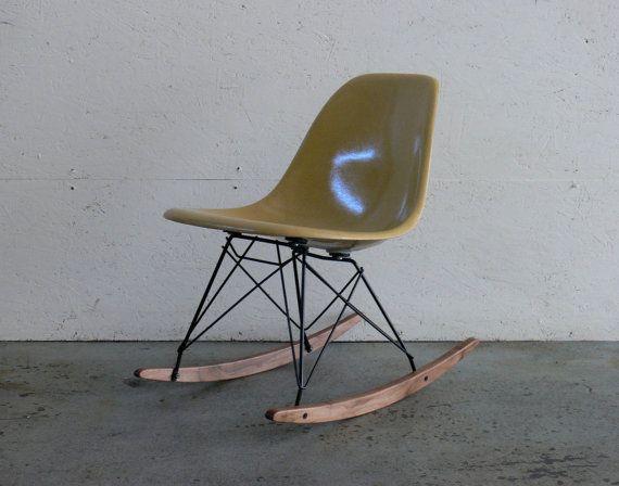 Herman Miller Eames Fiberglass Side Chair Rocker Iconic