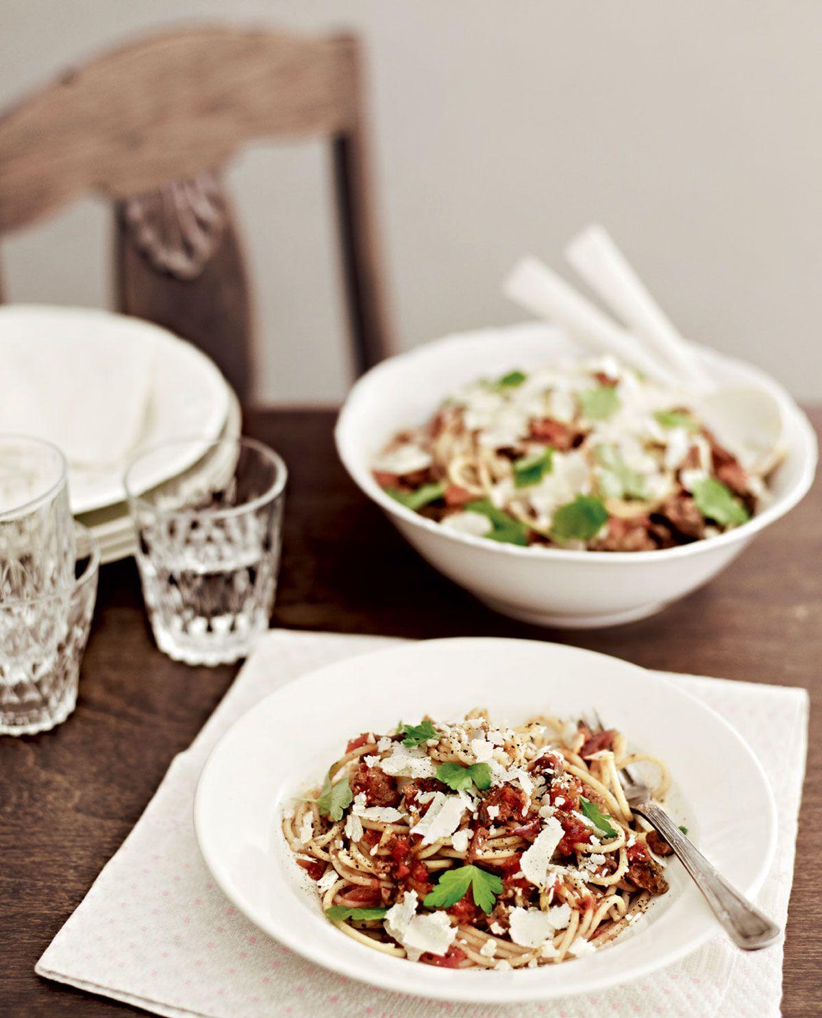 Moderni spaghetti bolognese | Reseptit