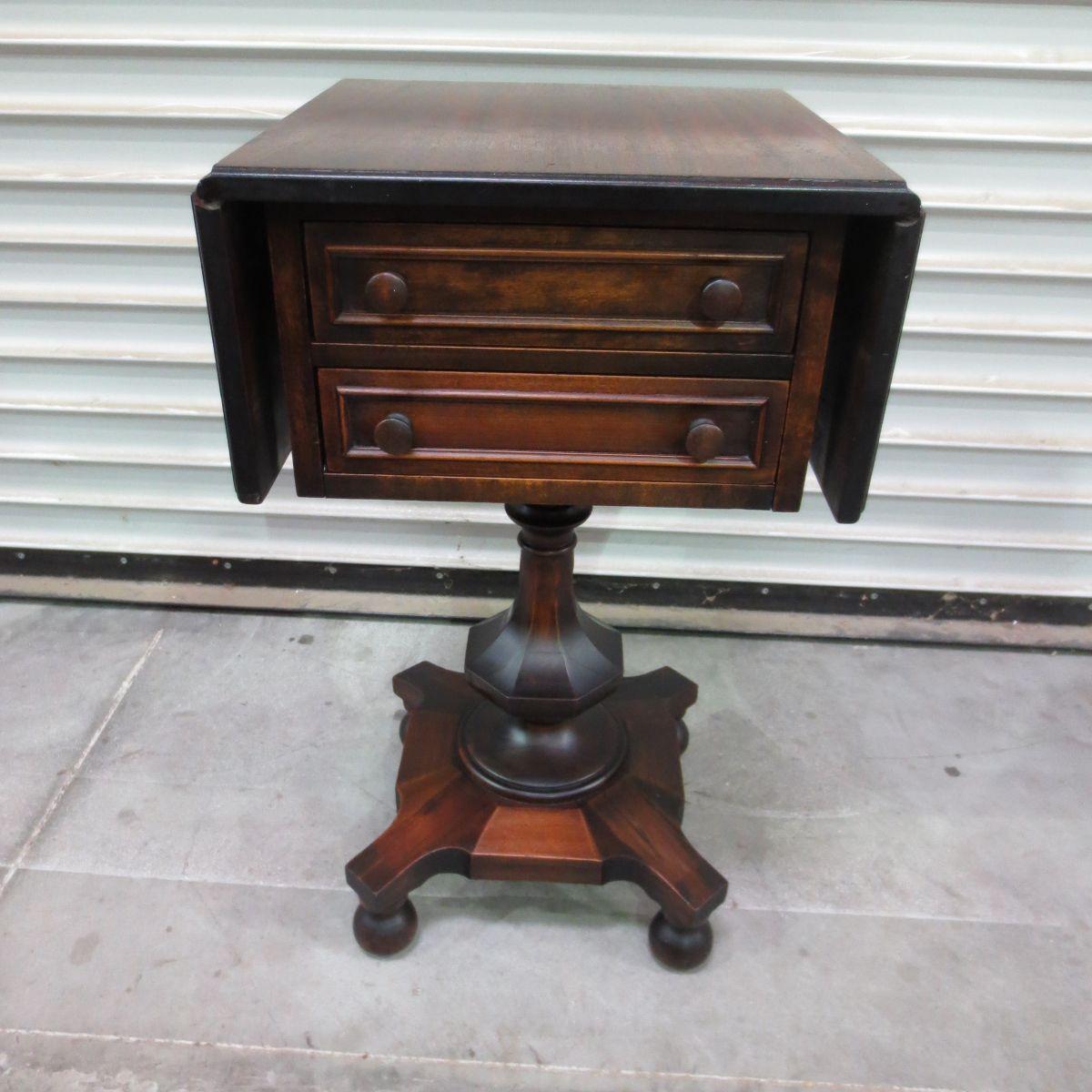 Antique Side Table Antique Accent Table Antique Furniture  # Muebles Pampanga