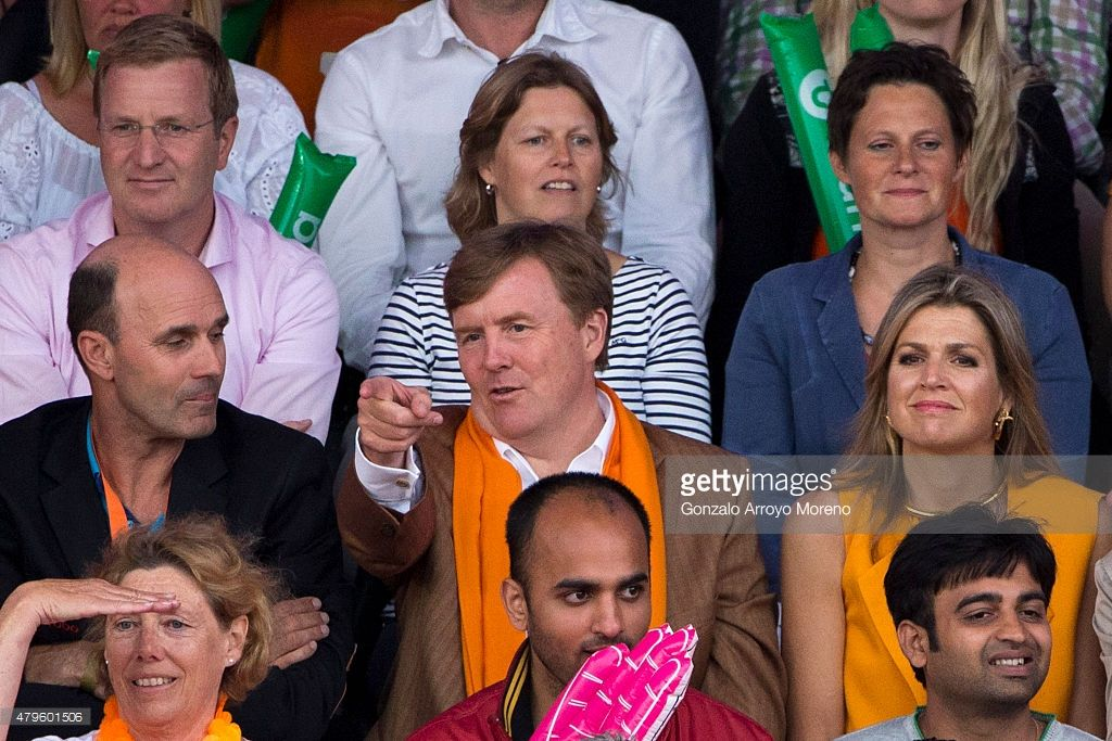 King Willem-Alexander (2ndL) and Queen Maxima (R) of The Nethederlands attend the FIVB Beach Volleyball World Championships Male Final Match between The Netherlands and Brazil at the main course on July 5, 2015 in The Hague, Netherlands.  (Photo by Gonzalo Arroyo Moreno/Getty Images for FIVB)