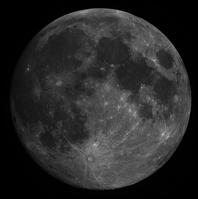 moon satellite luna full telescope disk astrophotography processing stacking lunar vixen луна richardsonlucy deconvolution vmc110l autostakkert2 astraimage30