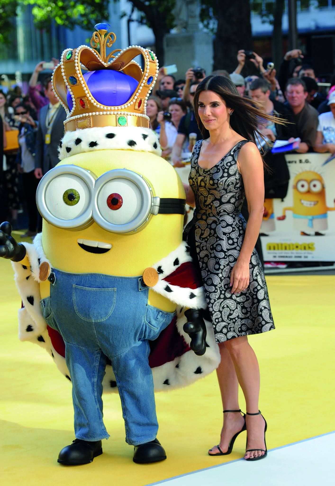 Wearing yellow dress quotes  Sandra Bullock Scarlet Overkill looking stunning but not wearing