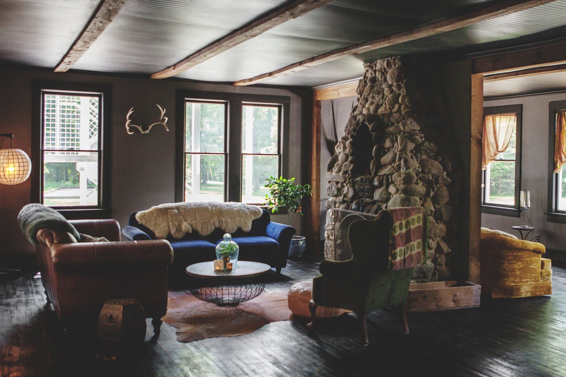 Dreamy, Rustic Modern Style At Foxfire Mountain House Hotel Tour