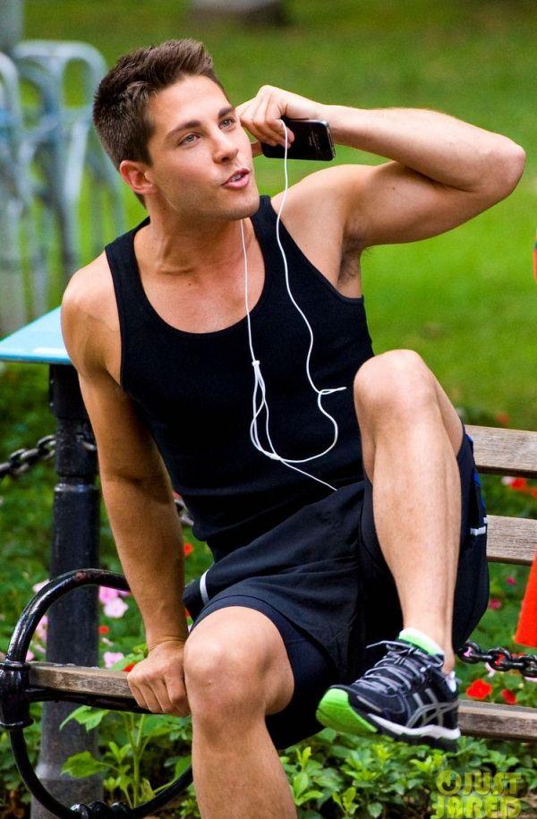 Dean Geyer on Pinterest | Glee, Skateboarding and Beach Workouts