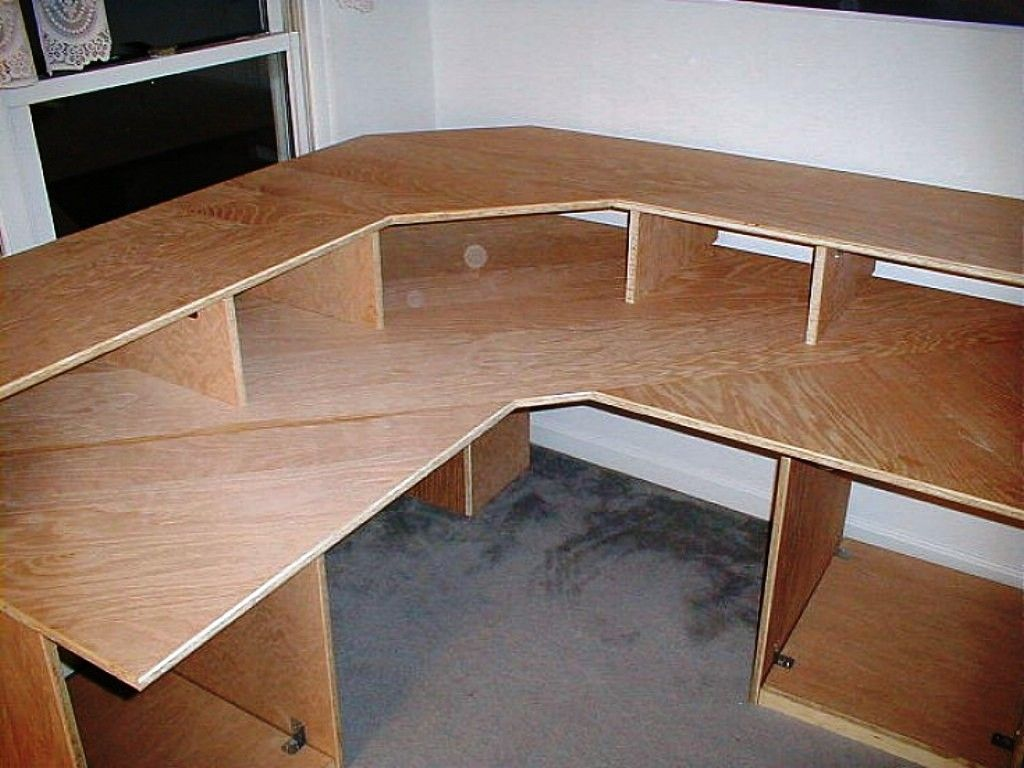 Homemade Desk Ideas Part - 42: How To Build Office Desk Woodworking Plans PDF Woodworking Plans Office Desk  Woodworking Plans Here Are Some Inspiring DIY Office Desks For You To Check  Out ...