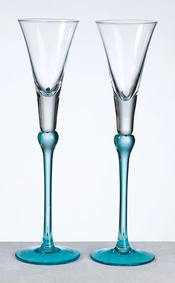 WhereBridesGo.com: Aqua Toasting Glasses