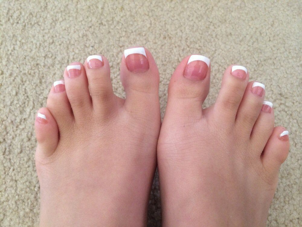 french manicure toes lucky nails