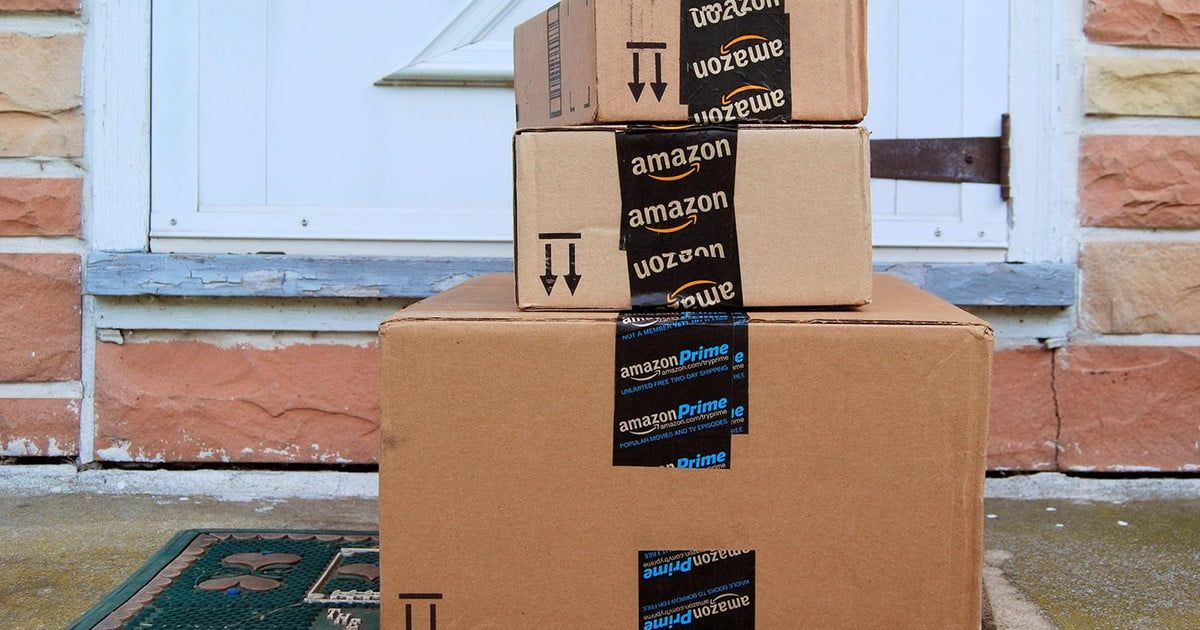 Amazon Is Spending A Staggering Amount On Shipping Your Orders Digital Trends Amazon Box Amazon Deal Sites