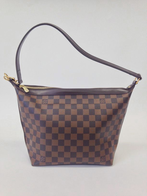 0ff33d9fbc81 Extremely rare and discontinued Louis Vuitton Brown Damier Canvas Illovo MM  Bag.  Louisvuitton  louisvuittonbags  purse  handbags  fashion  couture