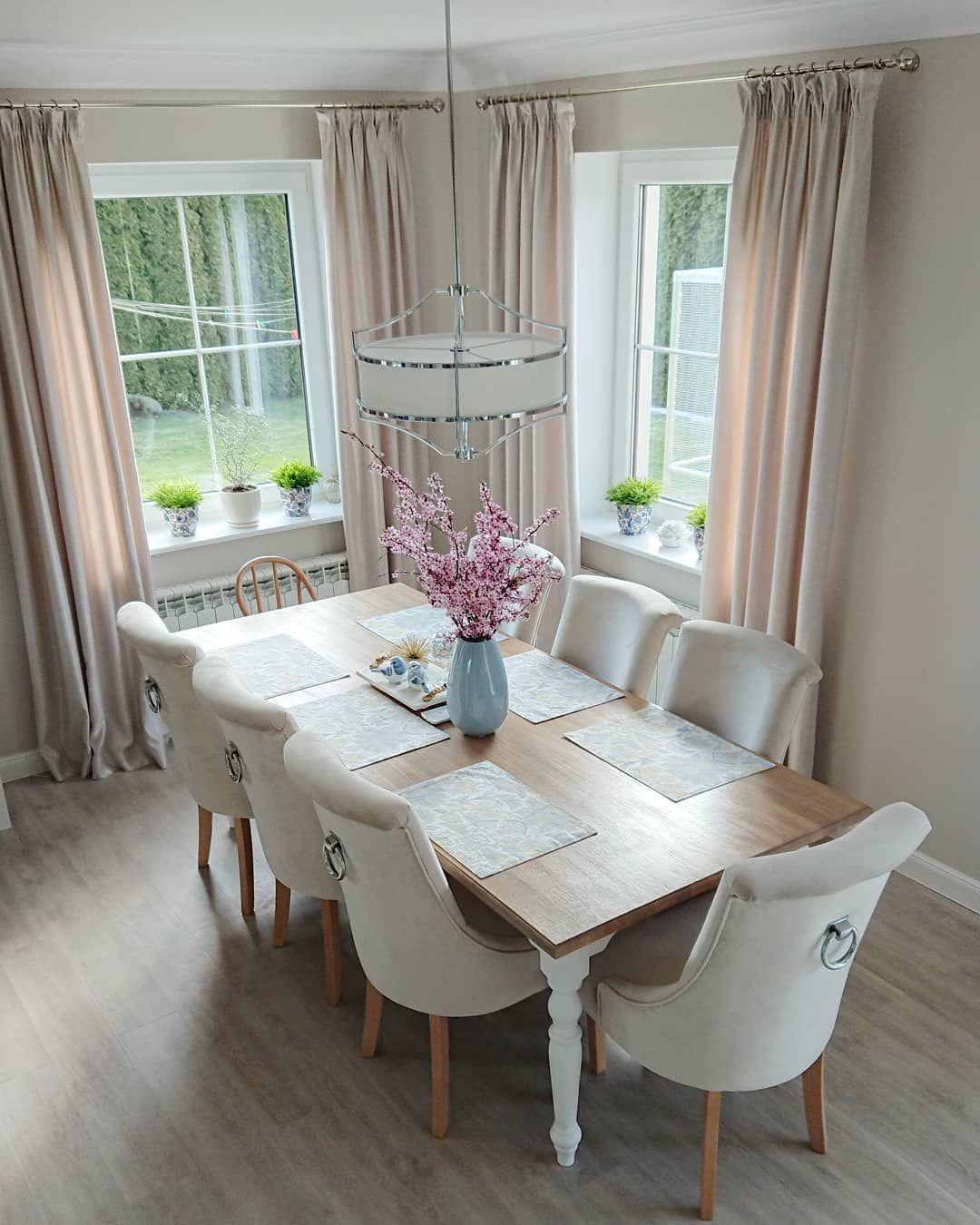 IG: cysiowy_domek #chair #diningroom #inspo #interiordesign #home #food #familytime #interiordesign #howtodecorate #furniture #furnishingwithDomArtStyl