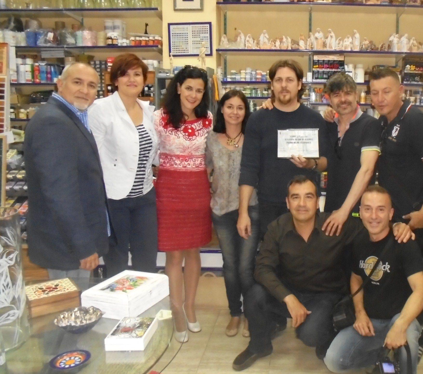 Recibiendo el premio con Belén González, Vicente Seva y Nacho Guerreros