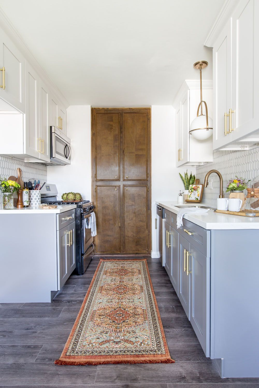 Move Over Two Color Tuxedo Kitchens A Big New Trend Is Here Kitchen Design New Kitchen Cabinets Kitchen Cabinets Painted Grey Kitchen Renovation