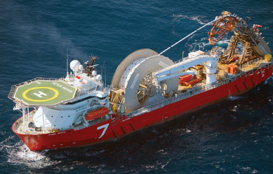 pipelay vessels The Seven Navica is a pipelay vessel