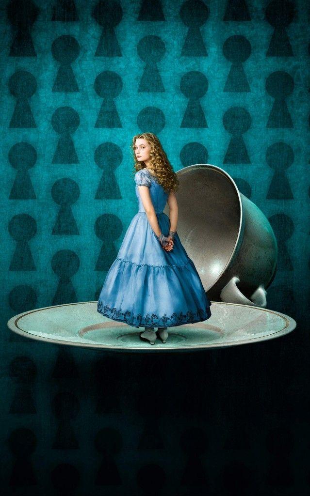 Alice In Wonderland Com Imagens Annie Leibovitz Alice Alice