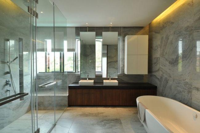 Großes Bad Einrichten grosses bad marmor fliesen waschtischunterschrank holz schwarz