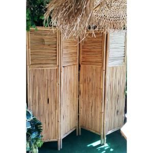 Bamboo Screen And Room Dividers Can Be Used Indoors Or Outdoors In Residential Or Any Commercial Facilities To Sepa In 2020 Outdoor Panels Room Divider Bamboo Privacy