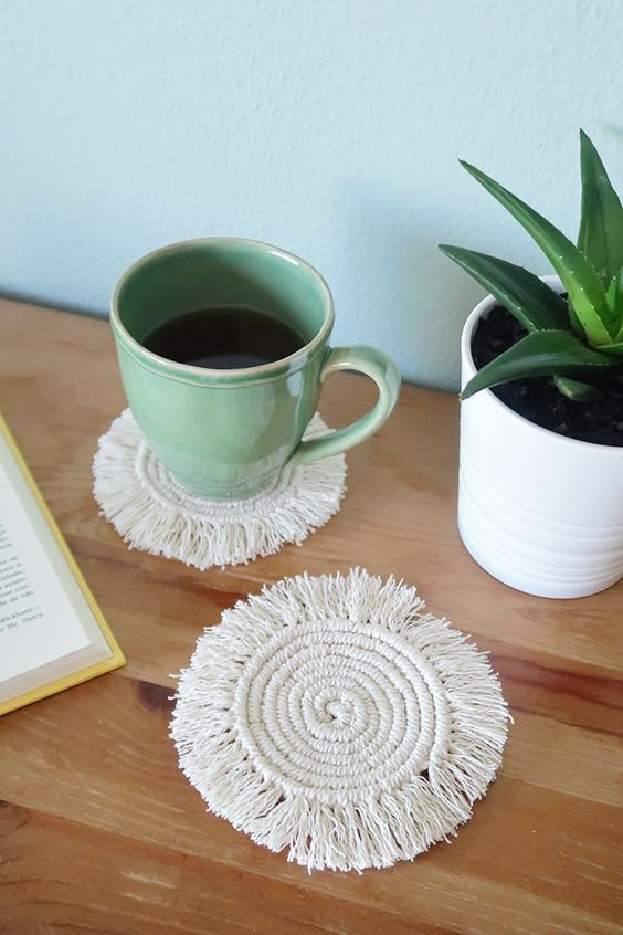 Photo of DIY Round Macramé Boho Costers