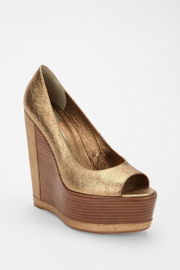 6f693ce2a20 Dolce Vita Metallic Wedge   metallic   Metallic wedges, Shoes y Wedges