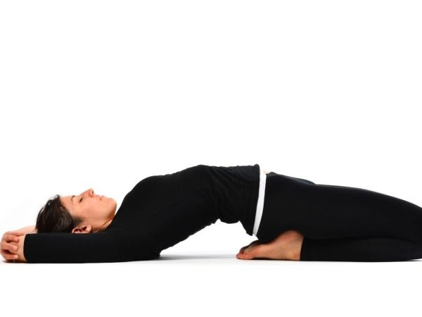 Supta Vajrasana The Supine Thunderbolt Pose Healthy Living Easy Yoga Poses Easy Yoga Workout