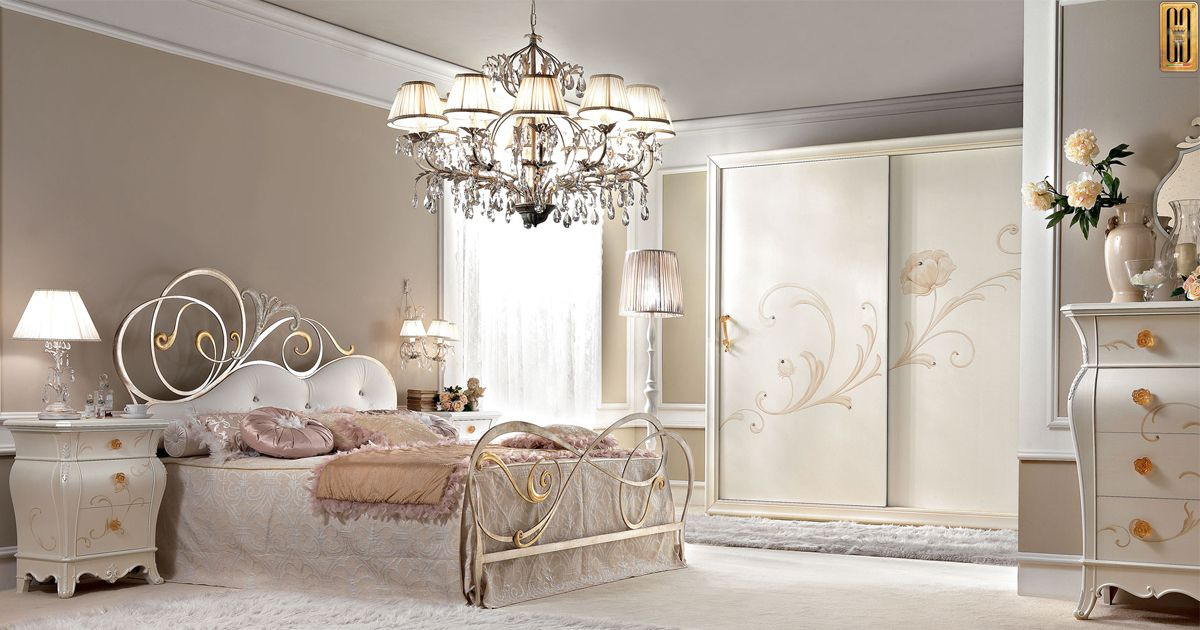 Camere Da Letto Gotha.The Gotha Luxury S Glamour Collection The Beds Are Made Of Iron